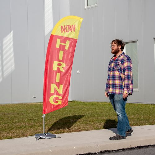 Small now hiring flags